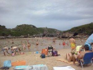 Playa de Poo - ALBERGUE LLANES PLAYA DE POO